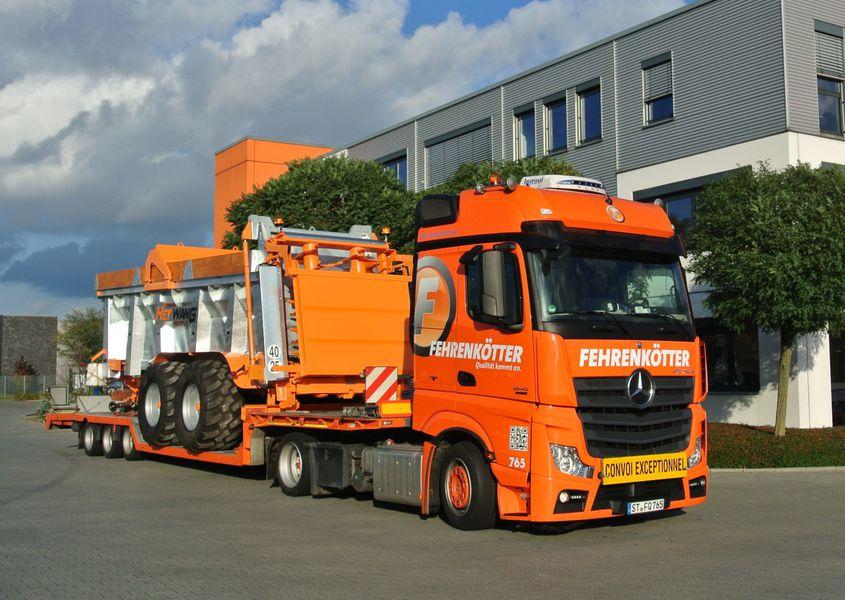 Fabelhaft Fehrenkötter Transport & Logistik GmbH: Landmaschinen-Transporte &IR_99